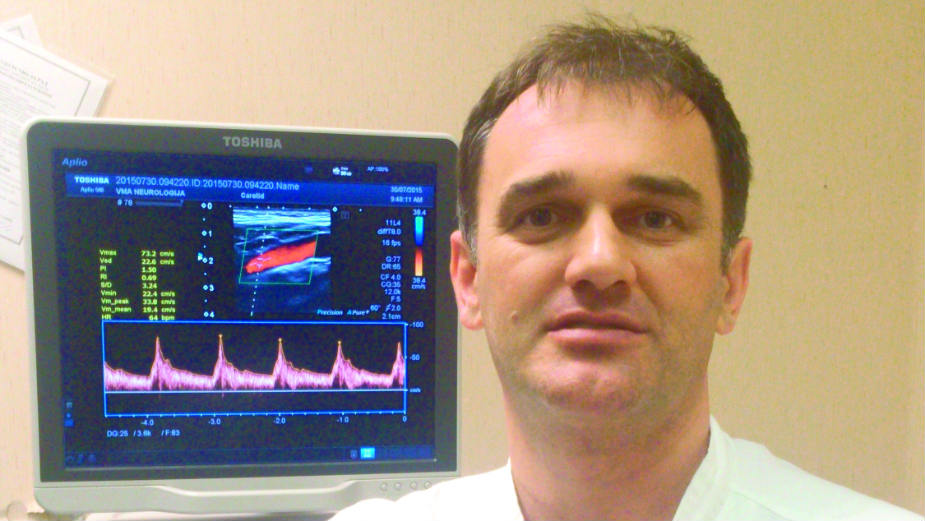 Dr Željko Krsmanović